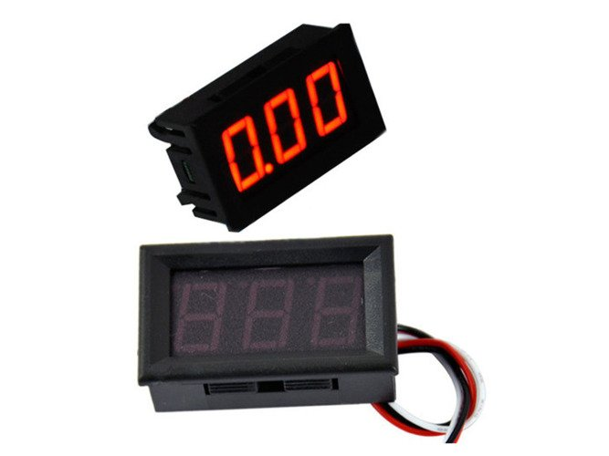 RED LED PANEL METER Mini DIGITAL VOLTOMETER DC 0 - 30V - LC18